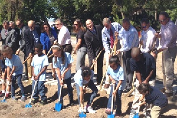 Metropolitan Ministries Breaks Ground for New School